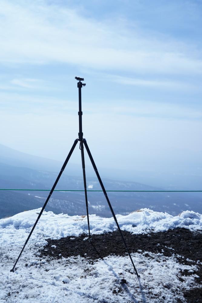 キャンプでもたまにはしっかり写真を撮りたい!軽量コンパクトなおすすめ三脚!