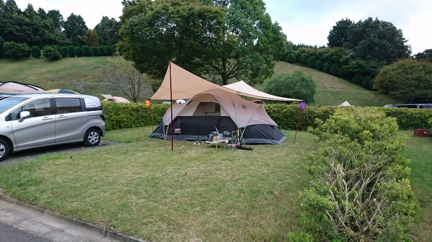 広くて大きいテントのおすすめはドーム型8人用テント!