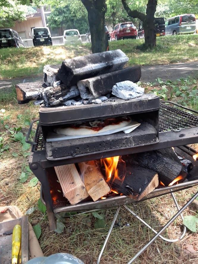 せんべい缶で作る簡単ピザ窯( ^^) _U~~キャンプでピザを楽しもう❗