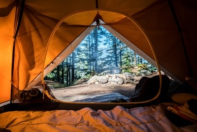 マットは快眠のカギ?キャンプでおすすめ格安マット!